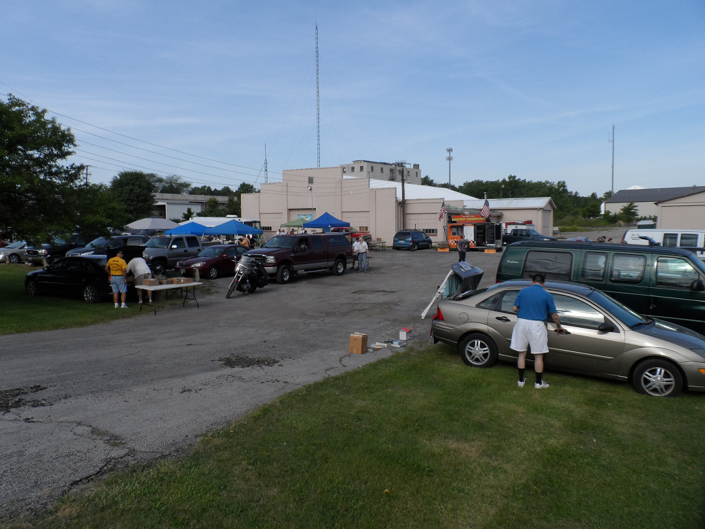 Ham Radio Tailgate and Trunkfest 3